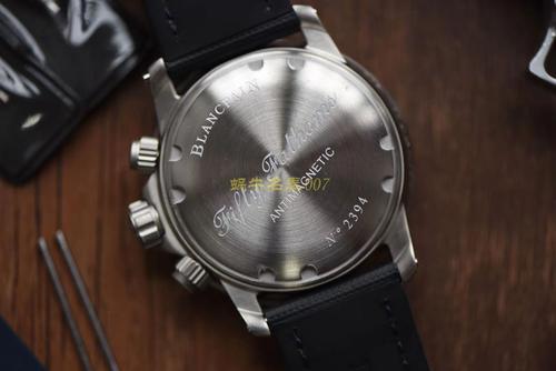 二手手表能卖多少钱,深圳哪里能回收宝珀五十噚手表?