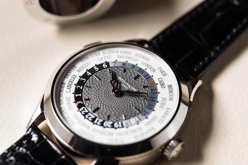 深圳名表回收,二手百达翡丽复杂功能计时系列5205G-001手表回收
