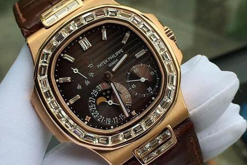 鹦鹉螺手表回收