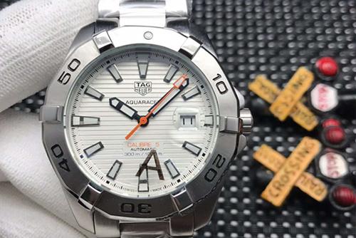 泰格豪雅竞潜系列WAY2013.BA0927腕表回收