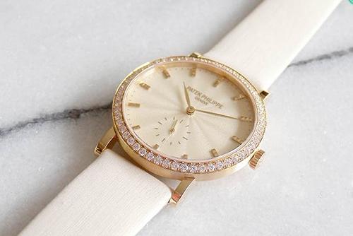 百达翡丽古典表系列7120R-001 玫瑰金腕表回收