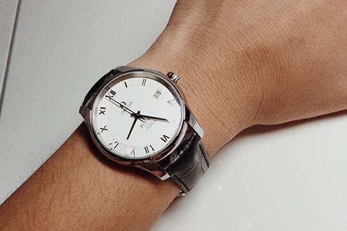 欧米茄碟飞系列431.13.41.21.02.001腕表回收