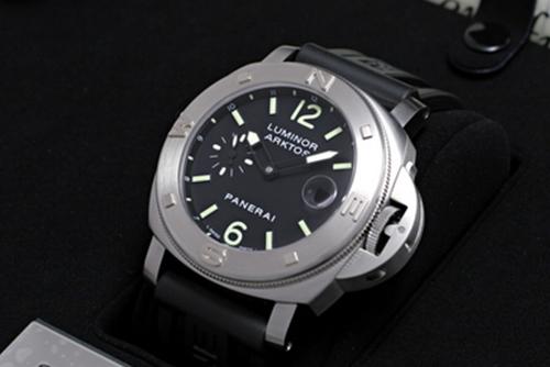 沛纳海PAM 00092腕表回收
