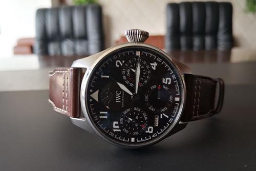 深圳二手IWC万国表回收?飞行员系列IW503801腕表